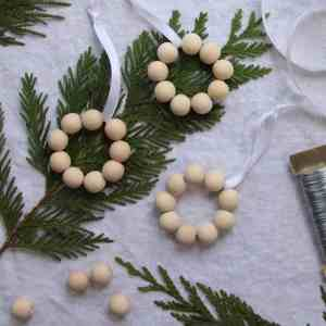 Birch Wood Bead Wreath Christmas Ornament Tutorial | Home for the Harvest