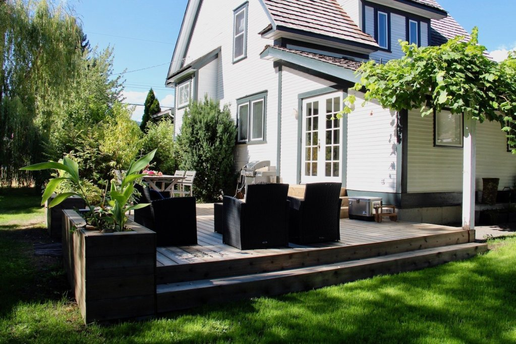 DIY Deck Project – Installing Beautiful New Cedar Decking to Update the Backyard