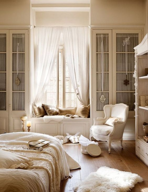 gorgeous builtin storage ideas for a small bedroom