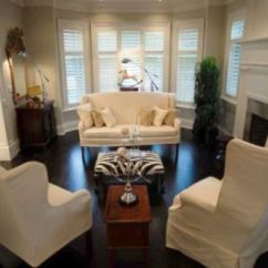 Living Room Ottoman Ideas Decor With Grey Walls How To Arrange Furniture Around A Bay Window: 5 ...
