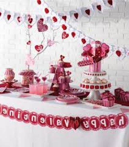 5 Ways To Create Inexpensive Valentines Day Table