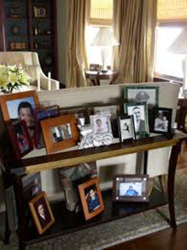 How To Arrange Family Pictures On A Table 5 Ways For Stylish Room  Home Improvement Day