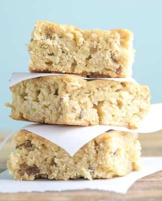 Brown Sugar Apple Blondies