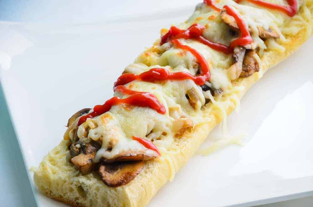 Polish Open-Faced Sandwich (Zapiekanka) Recipe