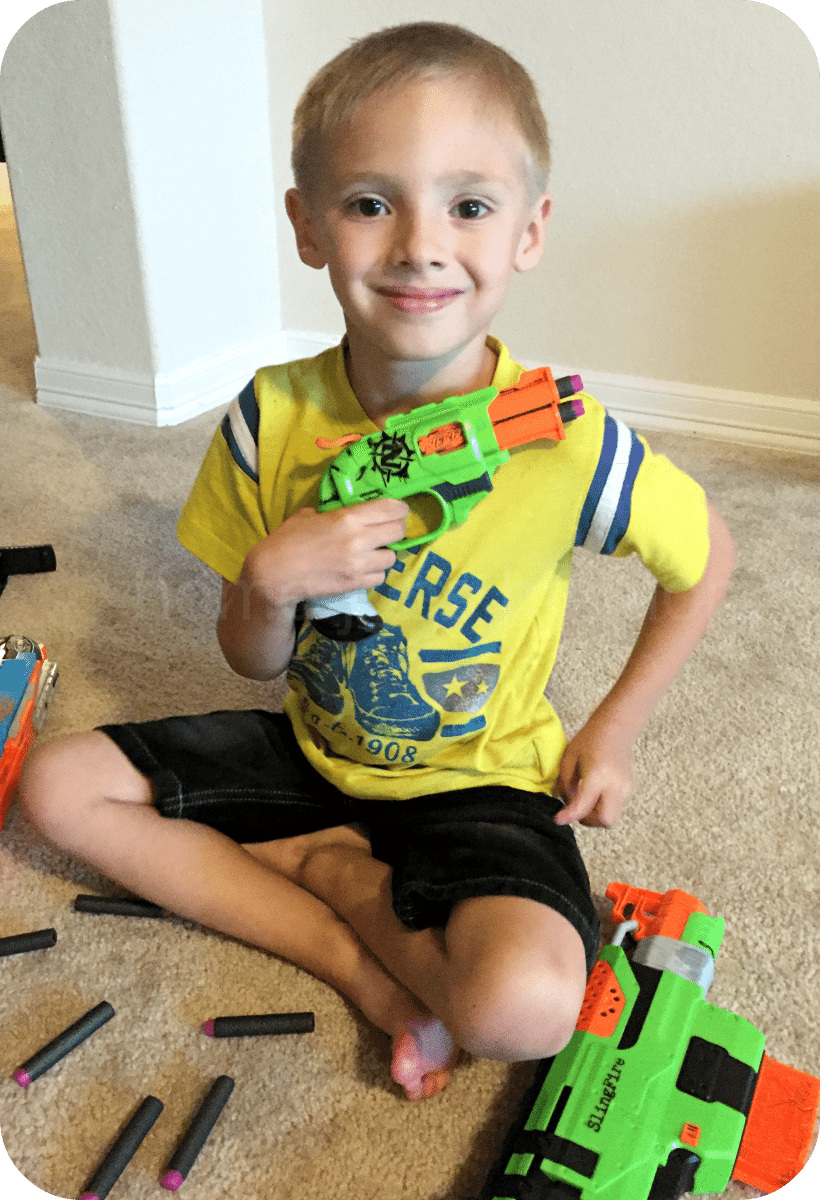 Boys and Their Toys: #CBBlackDarts NERF Compatible Darts Review