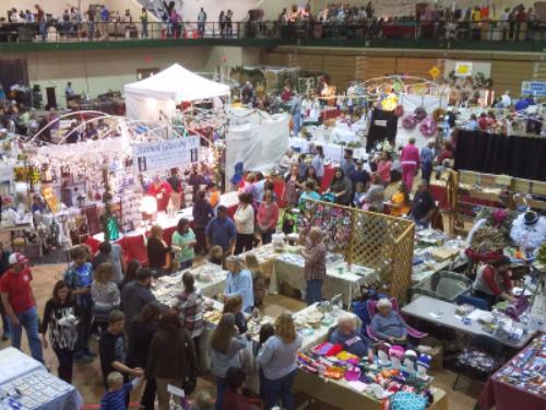 Warren County Arts Crafts Fair Homeland Community Bank