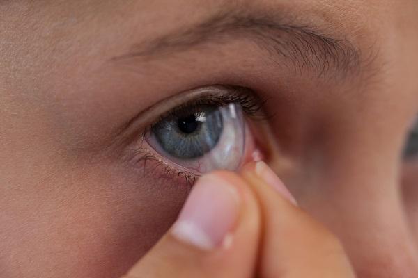 Conheça os tipos de lentes de contato