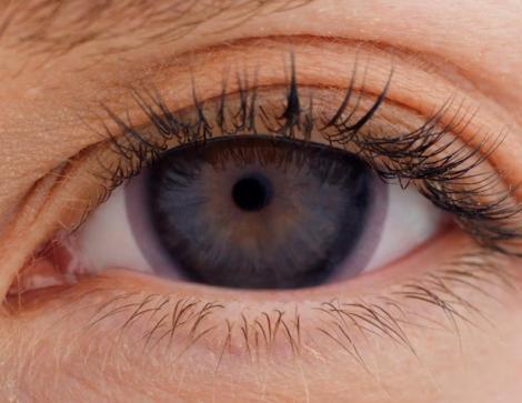 lentes de contato de proteção solar