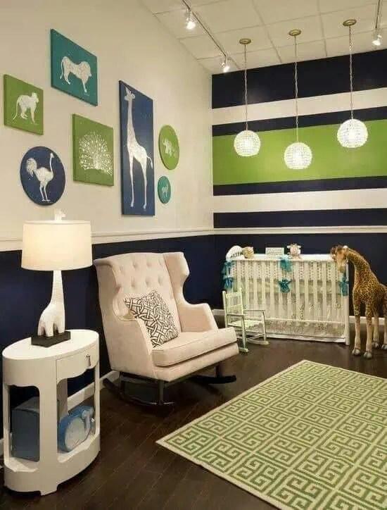 du vert du bleu un joli tapis une lampe originale de belles
