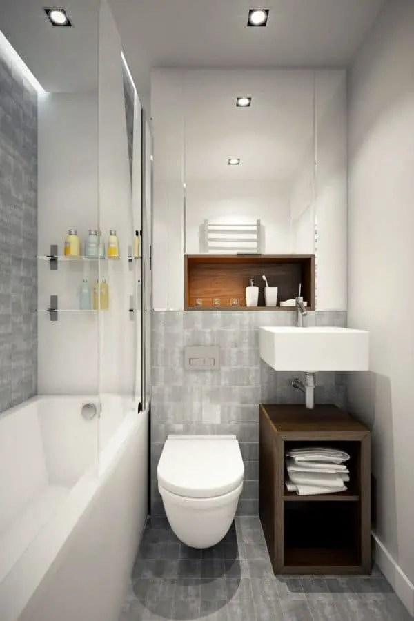 Petite Salle De Bain Moderne Avec Baignoire