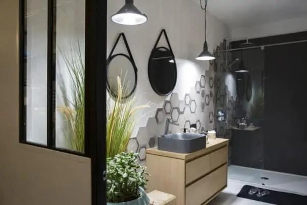 Verriere atelier salle de bain d coration de maison id es de design d 39 int rieur - Salle de bain style atelier ...