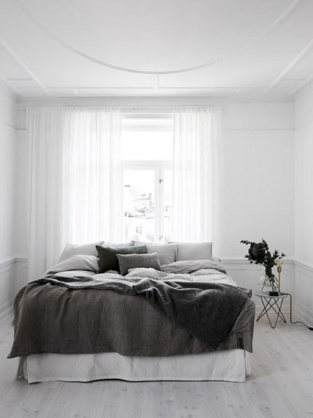 black and white minimalist bedroom ideas 40 Minimalist Bedroom Ideas | Less is More - Homelovr