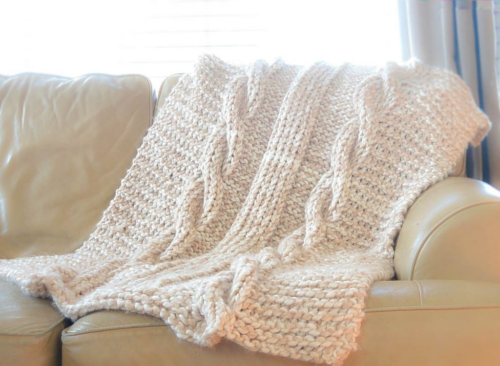 Endless Cables Chunky Knit Throw