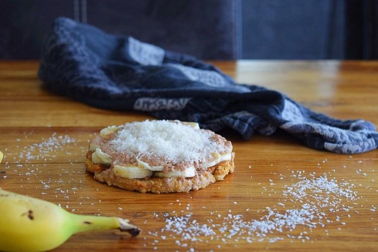 ❤️ Havermout pindakaas taartje met chocolade kwark & banaan