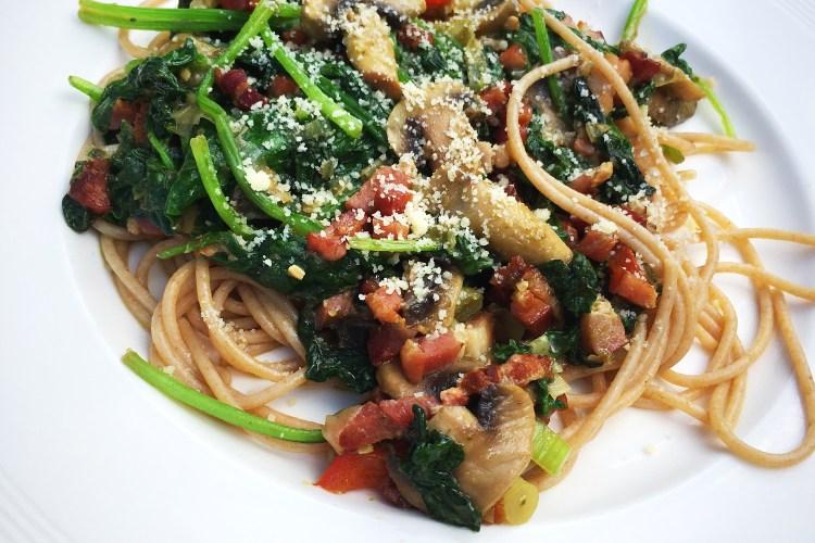 ❤️ Spaghetti pesto met spekjes & spinazie