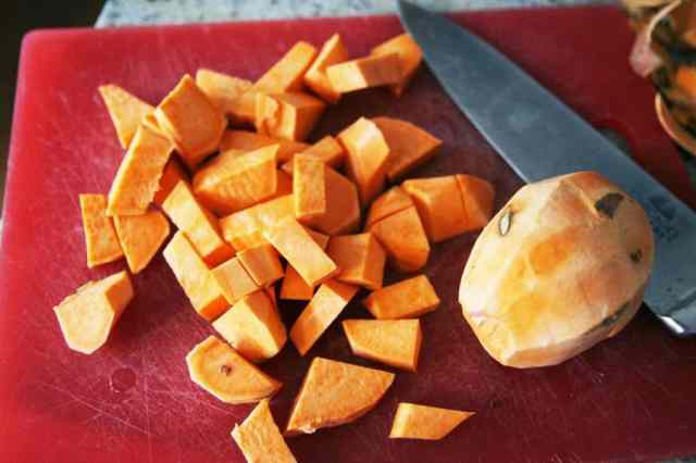 quinoa and sweet potato vegetarian chili