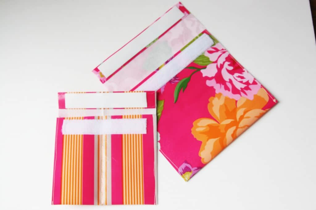 Make some DIY velcro pouches out of a reusable shopping bag! So easy!!