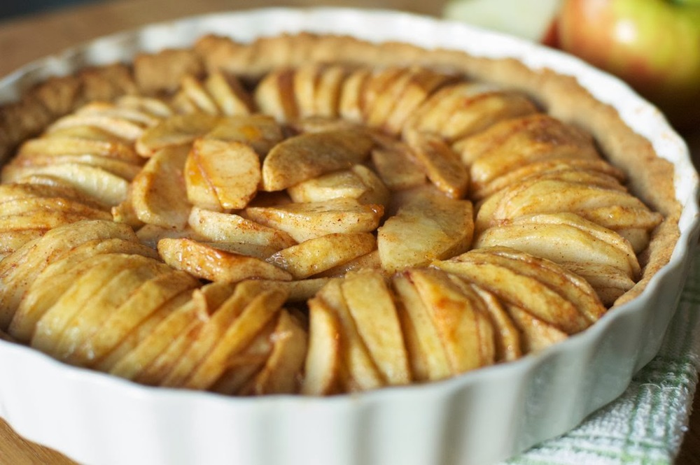 Apple Tart with Saltine Crust