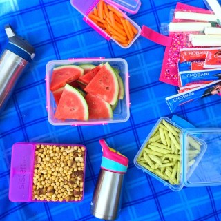 """How to Host a """"Stone Soup"""" Picnic"""