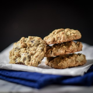 Quick and Easy Chocolate Walnut Oatmeal Cookies