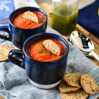 Slow Cooker Tomato Roasted Red Pepper Soup