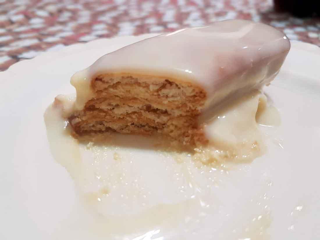 Torta paulista é uma sobremesa de família, que me remete à infância. Impossível não prepara-la nos natais de família.