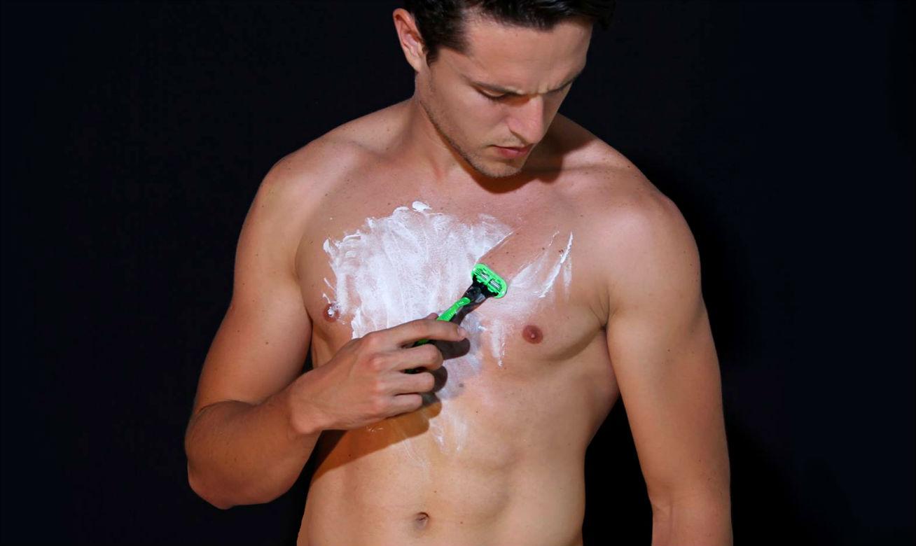 Homem No Espelho - Tipos e métodos de depilação masculina