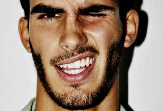 Homem-No-Espelho-como ter dentes brancos e saudáveis