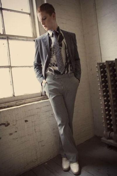 Homem No Espelho - Estilo David Bowie