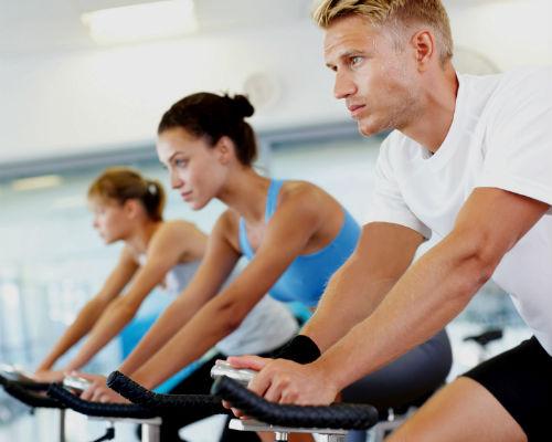 Homem No Espelho - Treino academia músculos 8.