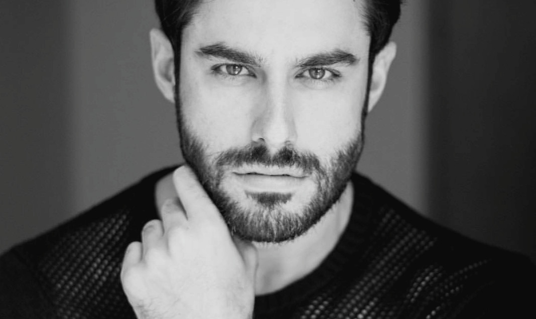 Homem No Espelho - Pele masculina - Como cuidar da pele embaixo da barba- barba cheia