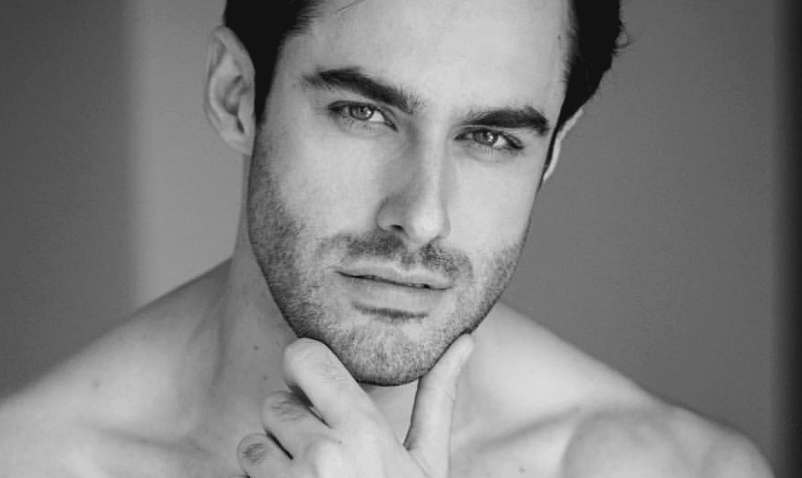 Homem No Espelho - Pele masculina - Como cuidar da pele embaixo da barba- barba por fazer