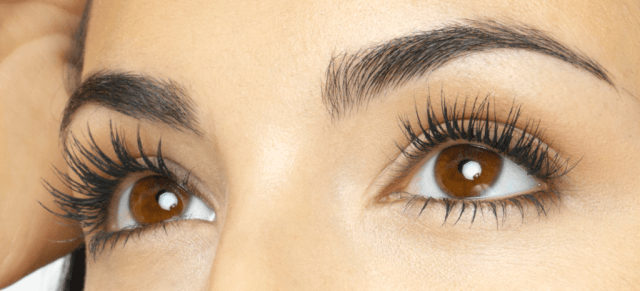 Eyelash loss symptoms causes
