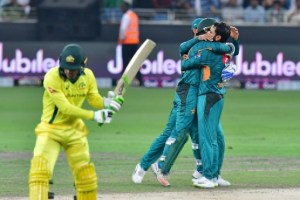 Pakistan clinch T20 series against Australia