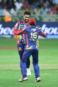 Livingston, Amir gave Karachi a victorious start