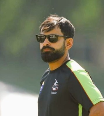 Hafeez Bids Farewell to PSL 4