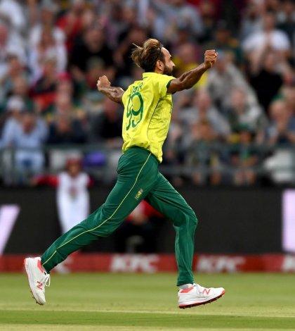 Imran Tahir bowled an incredible super over
