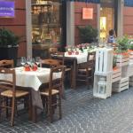 la_casereccia_gastronomia_tortona_esterni