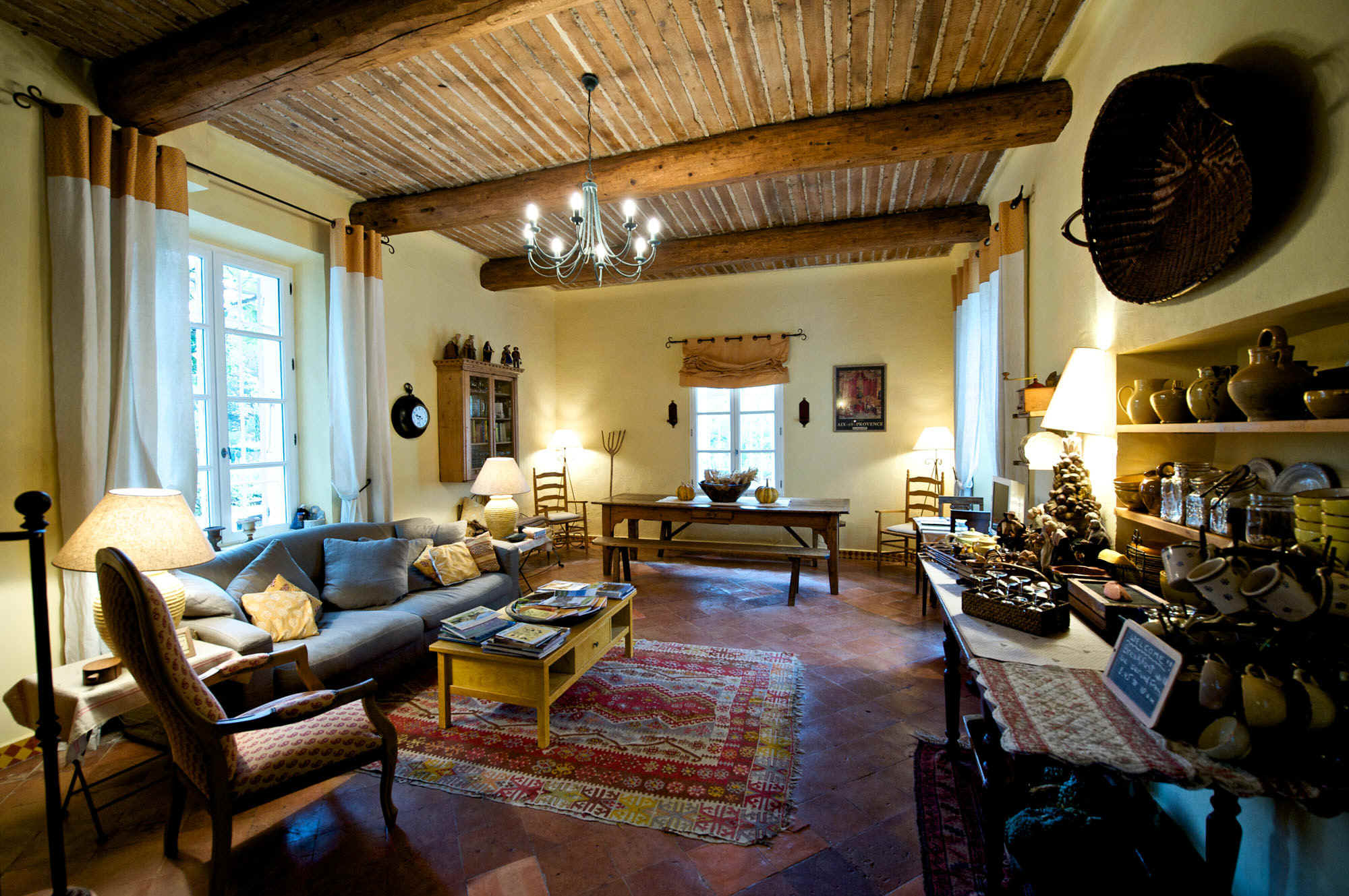 Stile rustico questo stile ha un tocco unico home for Nuove case in stile ranch