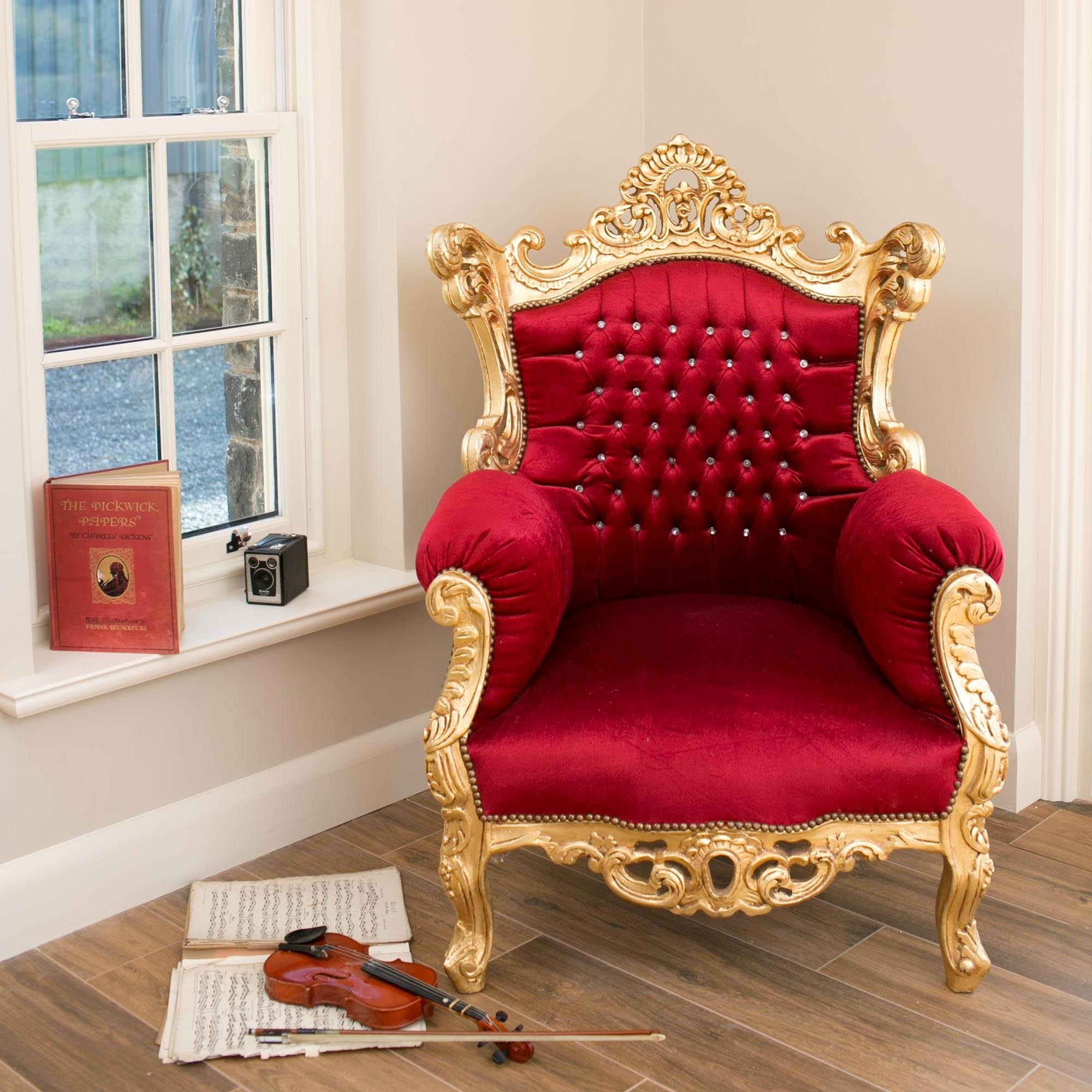 Red Antique French Style Throne Chair  Chair  HomesDirect365
