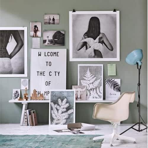 Versieer je muur met verschillende maten lijsten en prints   www.homeseeds.nl