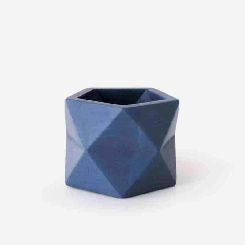 Palua bloempothje M in de kleur oriental blue | House Raccoon | Homeseeds.nl