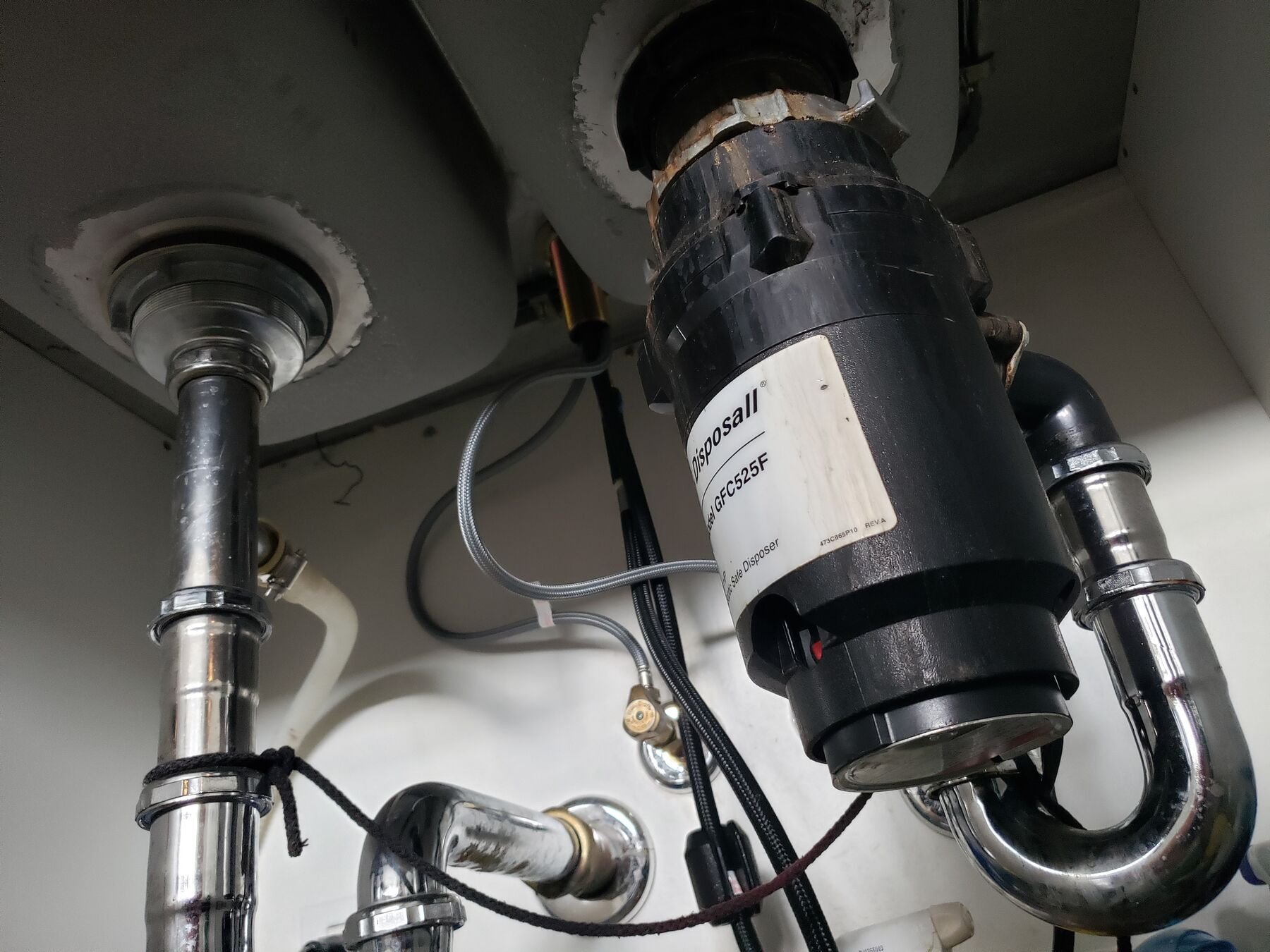 garbage disposal installation and