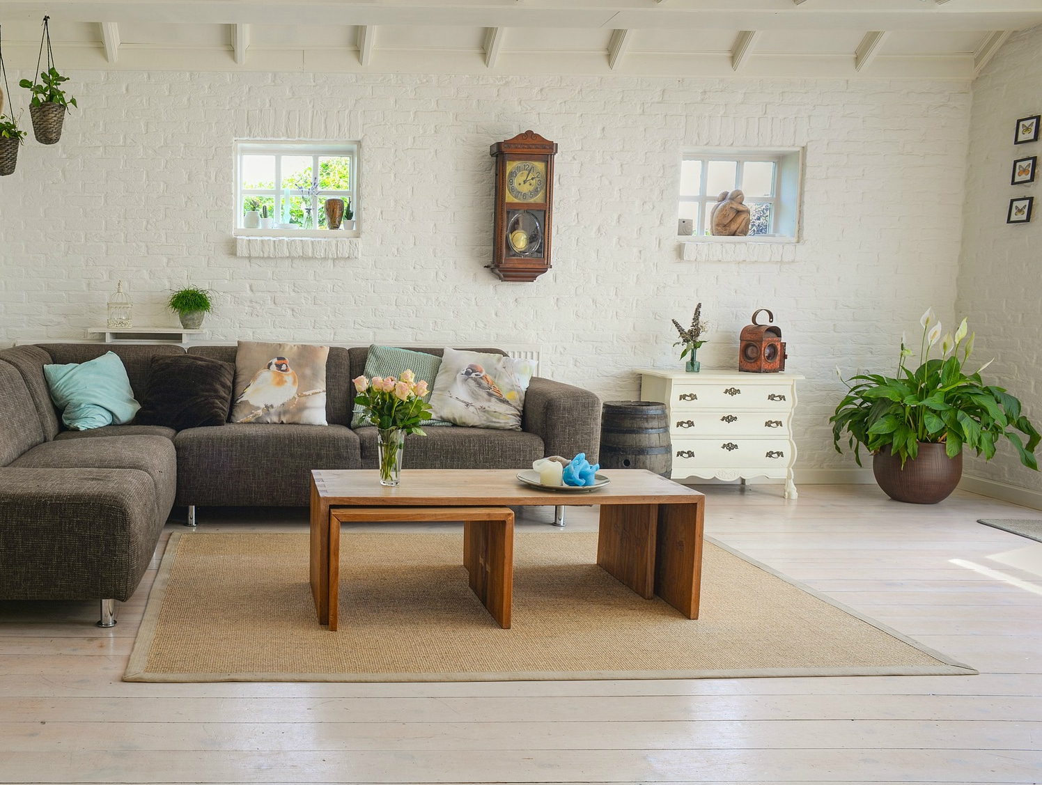 staging a living room small settings 10 home tips to help you sell your house homes for heroes