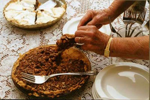 Texas pecan pie | Homesick Texan