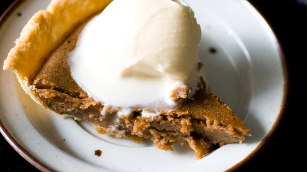 Pinto bean pie | Homesick Texan