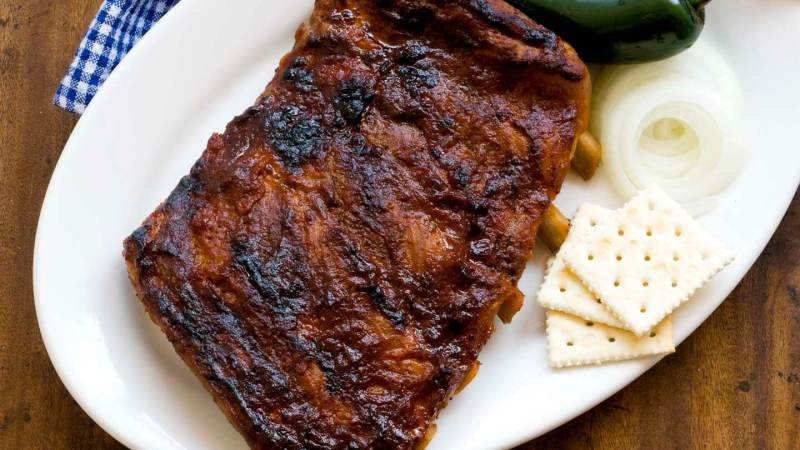 Ribs with Sam Houston's barbecue sauce | Homesick Texan