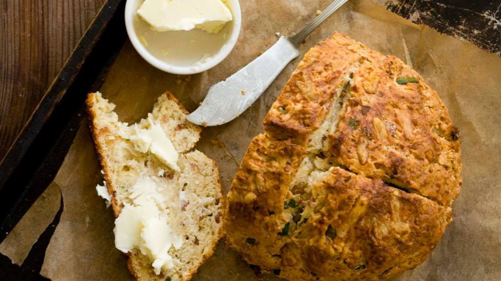 Irish cheddar and bacon soda bread