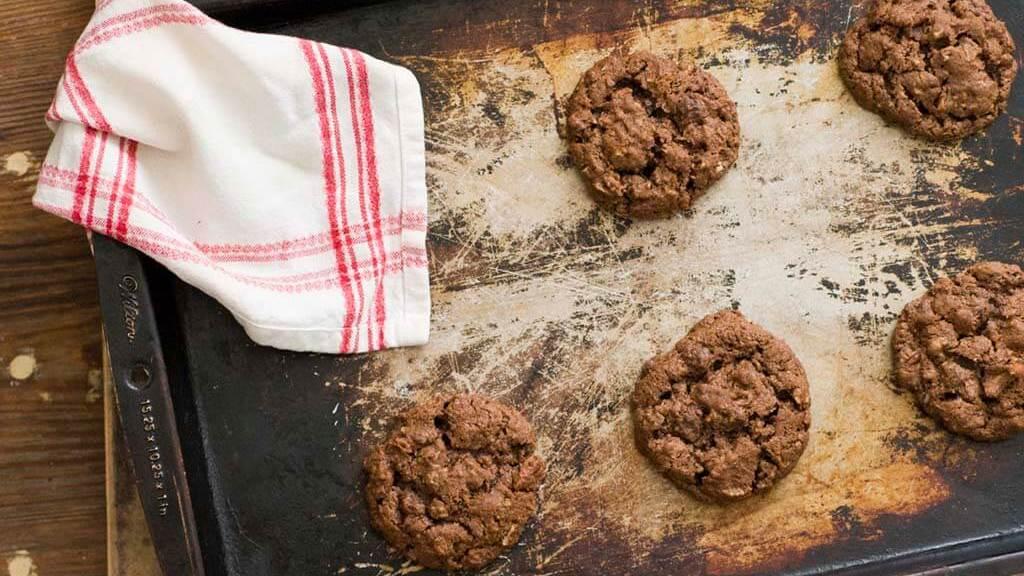 Spicy pecan cookies | Homesick Texan