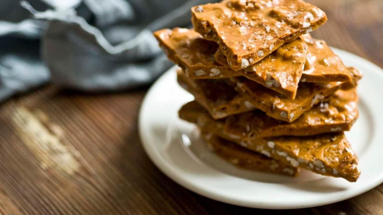 Spicy pecan brittle | Homesick Texan